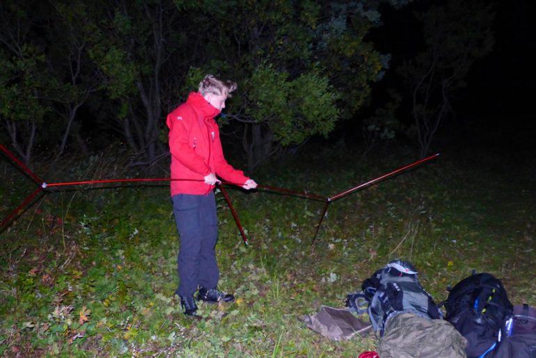 Nordkalottleden-Trekking-Lappland-Zelt-Aufbau