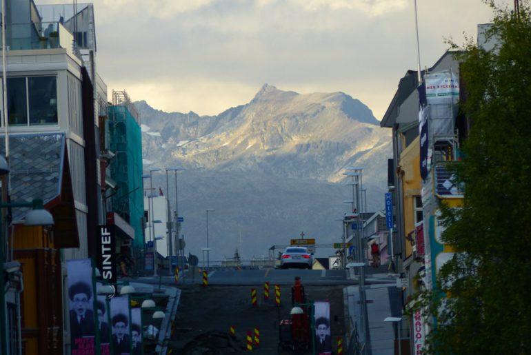 Berge-Tromso-wandern-trekking