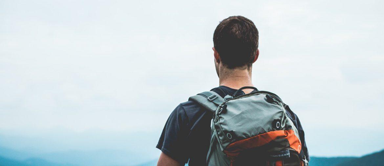 Solo-Wandern-Rucksack-trekking